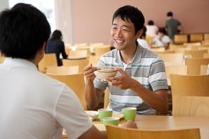 学生食堂/学生寮食堂